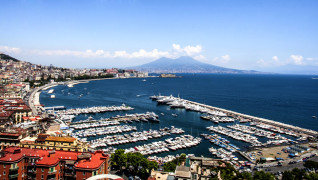 NAPLES TAKES CENTER STAGE; STAR OF INTERNATIONAL YACHTING SCENE
